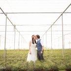La boda de la Marta i en Víctor en un hivernacle