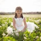 L'Ariadna, Comunió entre flors blanques