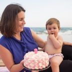 L'Smash Cake de la Laia, a la platja